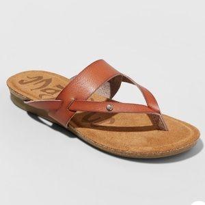 NWT Mad love Regina flip flop sandal in cognac